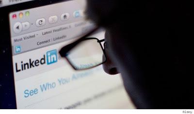 Landing the Job you Love online with Linkedin by www.maxginez3.com