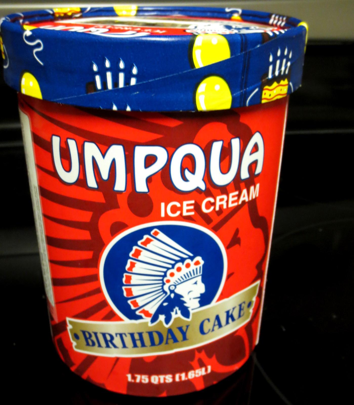 READER REVIEW Franks Review Of Umpqua Birthday Cake