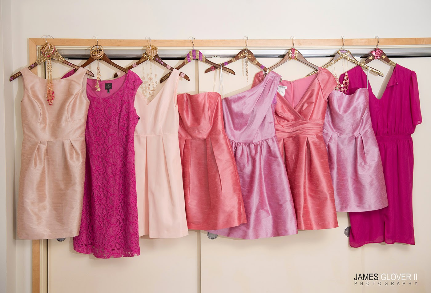 Shades of pink bridesmaid dresses // James Glover Photography // Take the Cake Event Planning