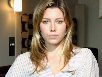 Jessica Biel Actress Latest Wallpaper-807-1600x1200