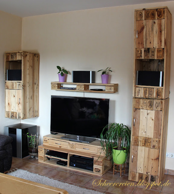 scheerereien basteln n hen werkeln und mehr wohnwand aus europaletten finale oho. Black Bedroom Furniture Sets. Home Design Ideas