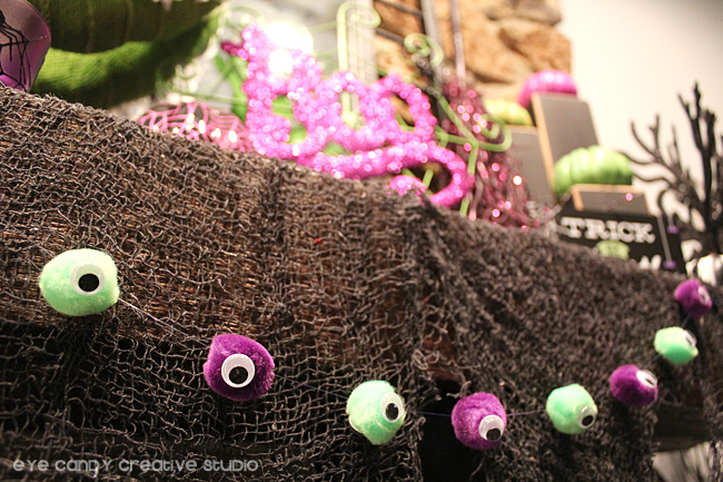 pom pom garland, google eyes, halloween garland, eyeball garland