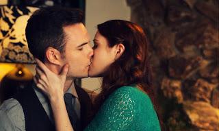 Kiss Lizzie Darcy