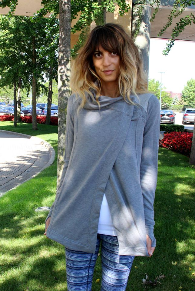 luluelmon-coast-wrap-gray