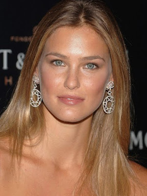 Bar Refaeli Dangling Diamond Earrings