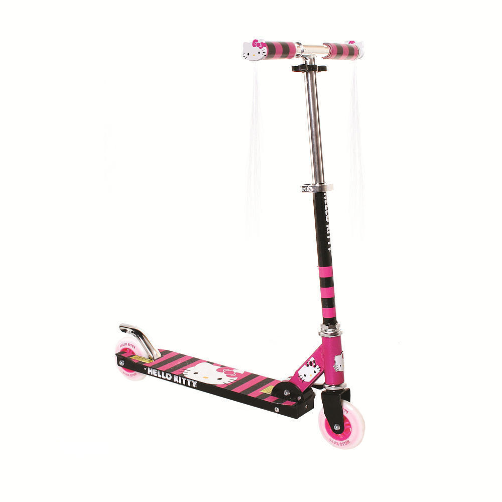 Hello Kitty Scooter Toys R Us : Is so fun girly i can see why she wants it badly