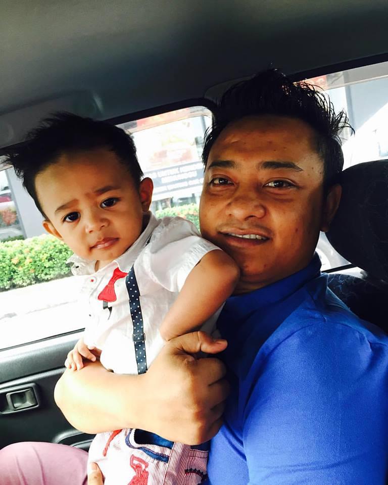 RAyqhal & Dady