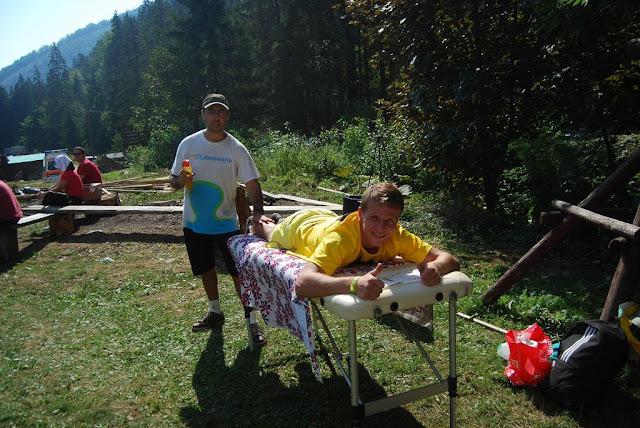 Florin Chindea, maseur la Runsilvania Wild Race 2015. Masaj din Timişoara la Răchiţele. Peisaj Masaj 01