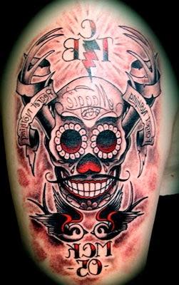 Tattoos de caveiras mexicanas preto e vermelho