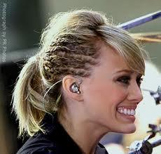Modelo de trenzas para el cabello corto