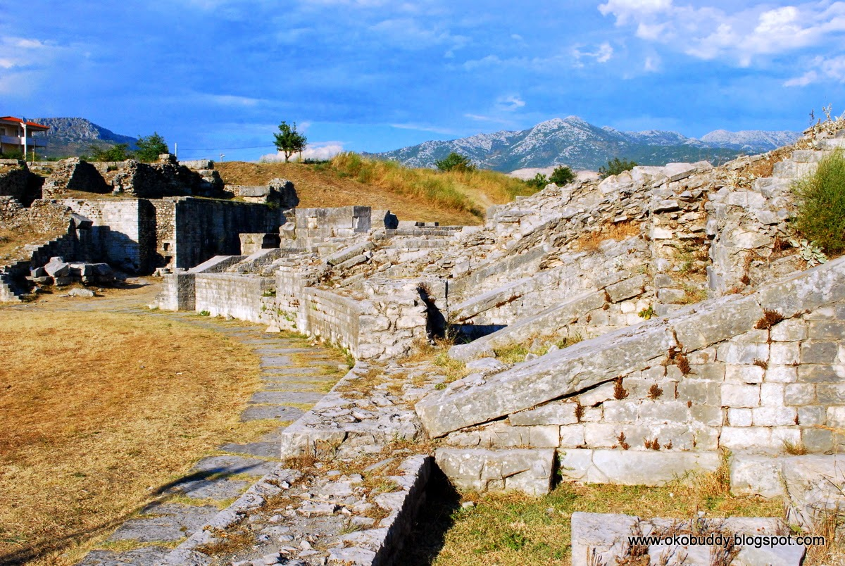 Solin. Ruiny starożytnego Rzymskiego amfiteatru. Salona