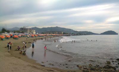 Tempat Objek Wisata Pantai Purus Padang Sumatera Barat (Sumbar)