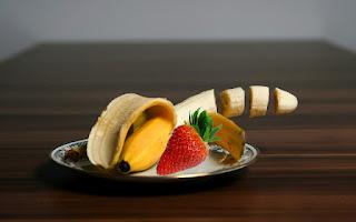 Batido con bananas y fresas para adelgazar