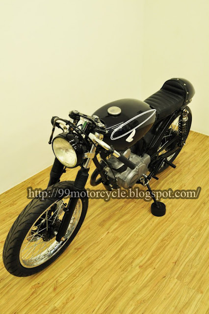Labels: CB 100 Cafe Racer , Honda , Modification , style from Taiwan title=