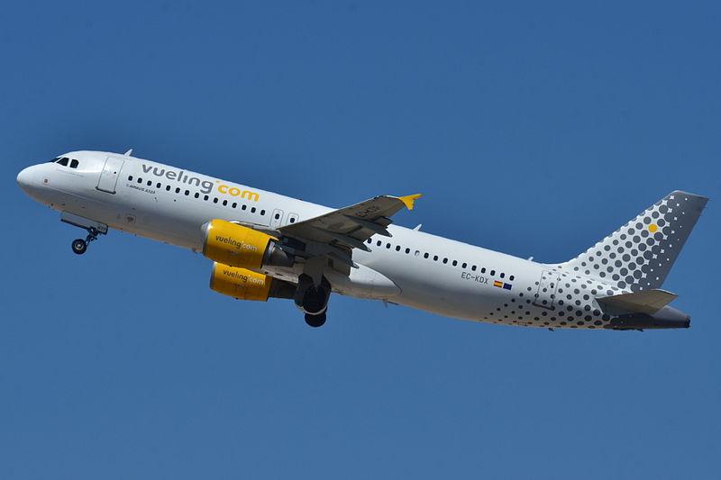 Vuelos baratos a par s con vueling for Pasajes aereos barcelona paris