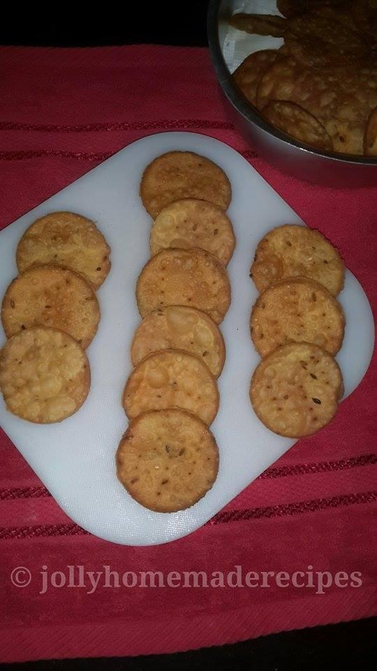 Papdi Recipe, How to make Fried Papdi Recipe | Chaat Recipes