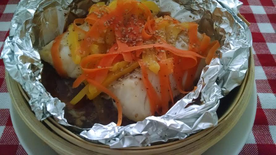 Black pimienta pescado al vapor con soja y naranja - Como cocinar al vapor con vaporera ...