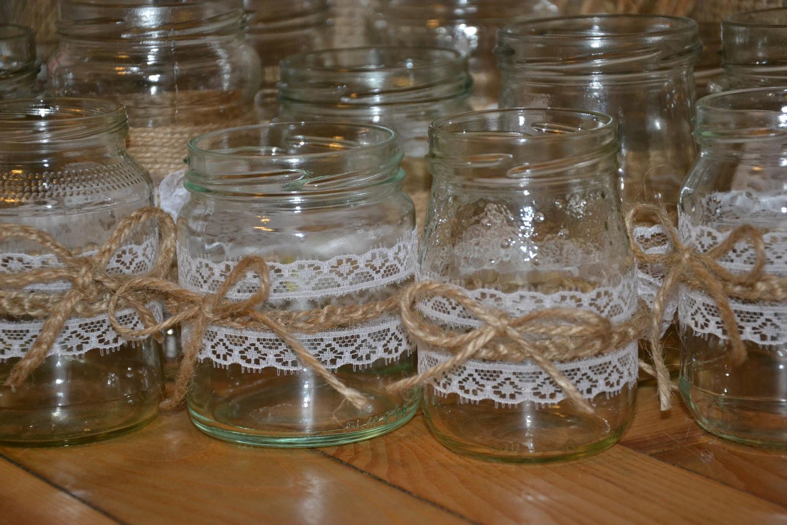 Svícen ze zavařovací sklenice