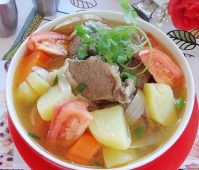 Cách làm món Sườn bò hầm rau củ ngon