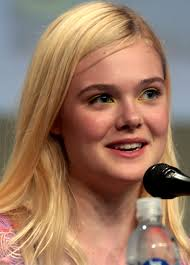 Elle Fanning Height - How Tall
