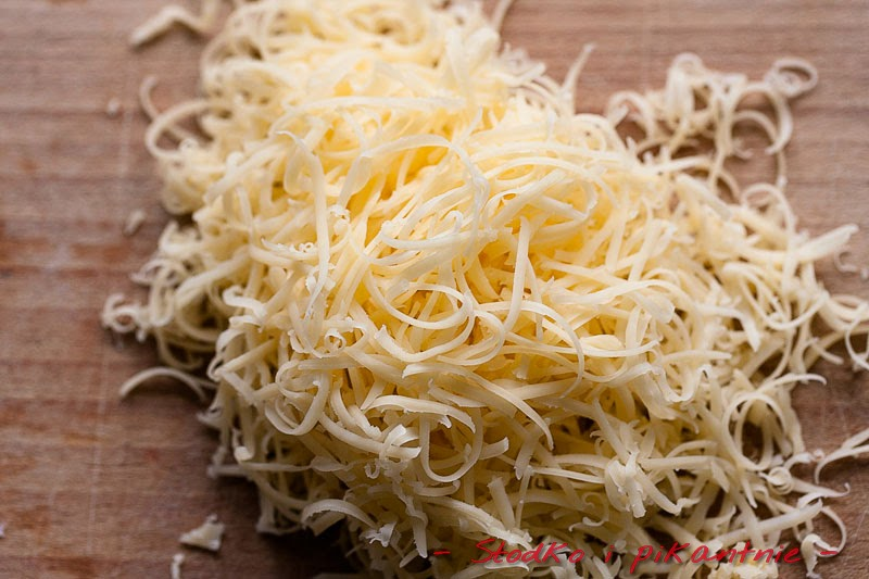 Starty żółty ser
