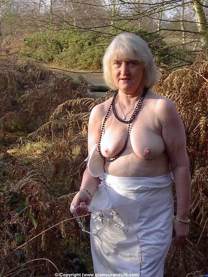 Koi nude old granny.blogspot