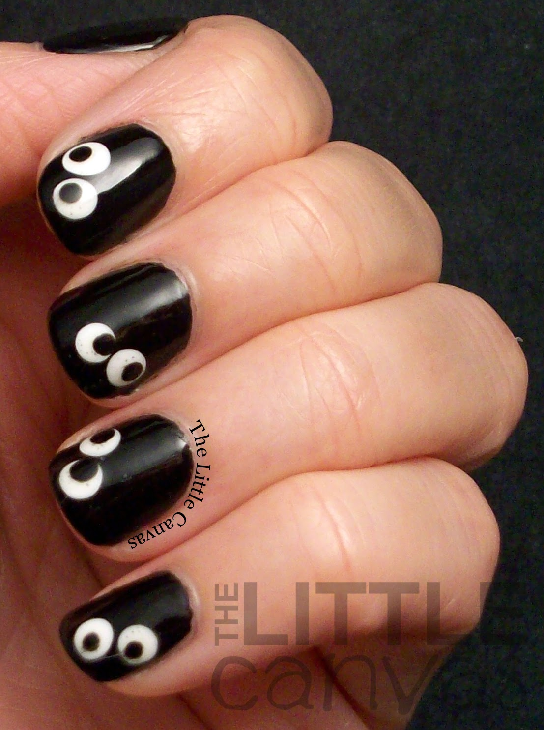 Halloween Googly Eye Nail Art - Halloween Googly Eye Nail Art - The Little Canvas