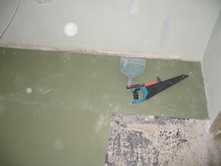 укалдка толстой положки прям она бетонный пол
