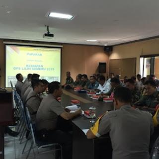 rapat bersama TNI-POLRI jelang natal dan tahun baru