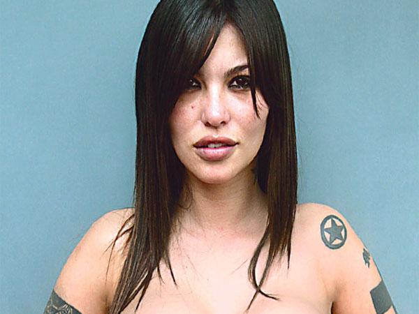 Angie Jibaja Imágenes - FONDOS WALL Angelina Jolie Wikipedia