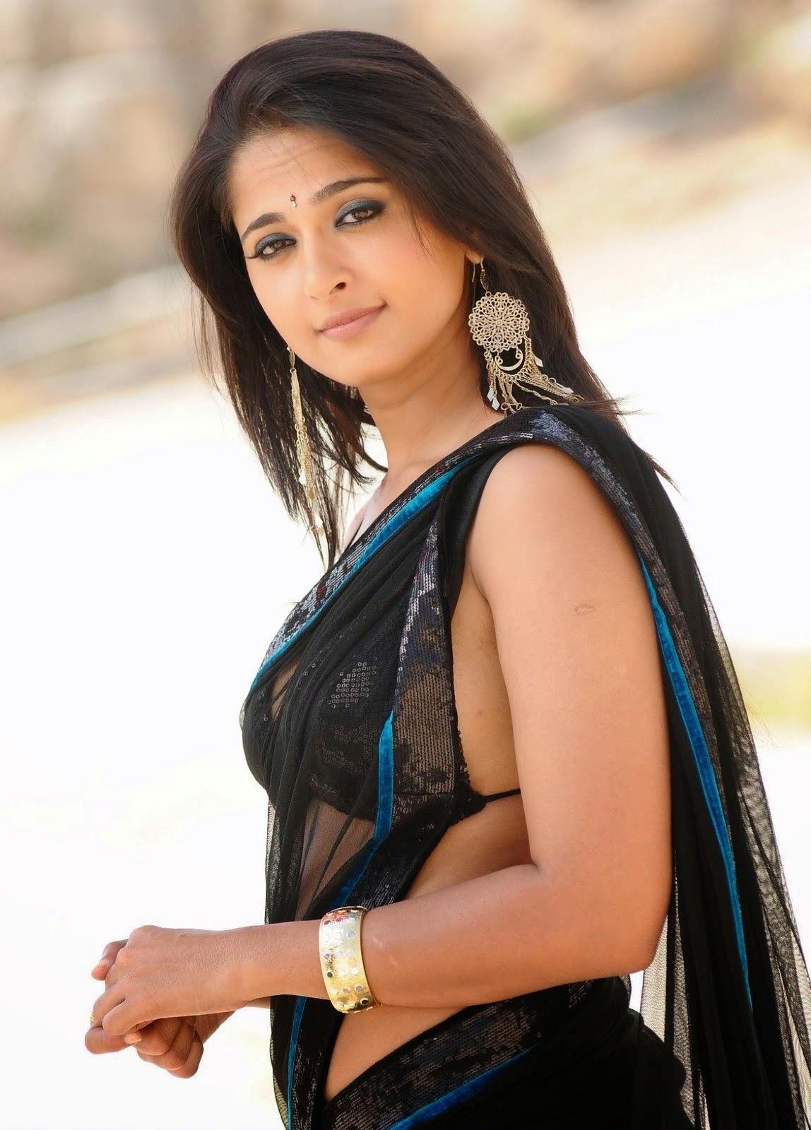 Anushka Shetty Hot Sexy Navel Show Pics In Spicy Black