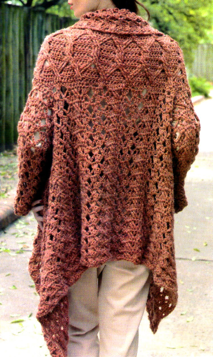saco descontracturado tejido en crochet vista de la espalda