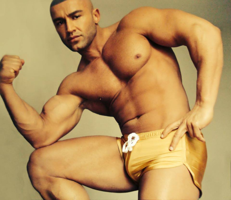Francois Sagat Shaves Off His Beard