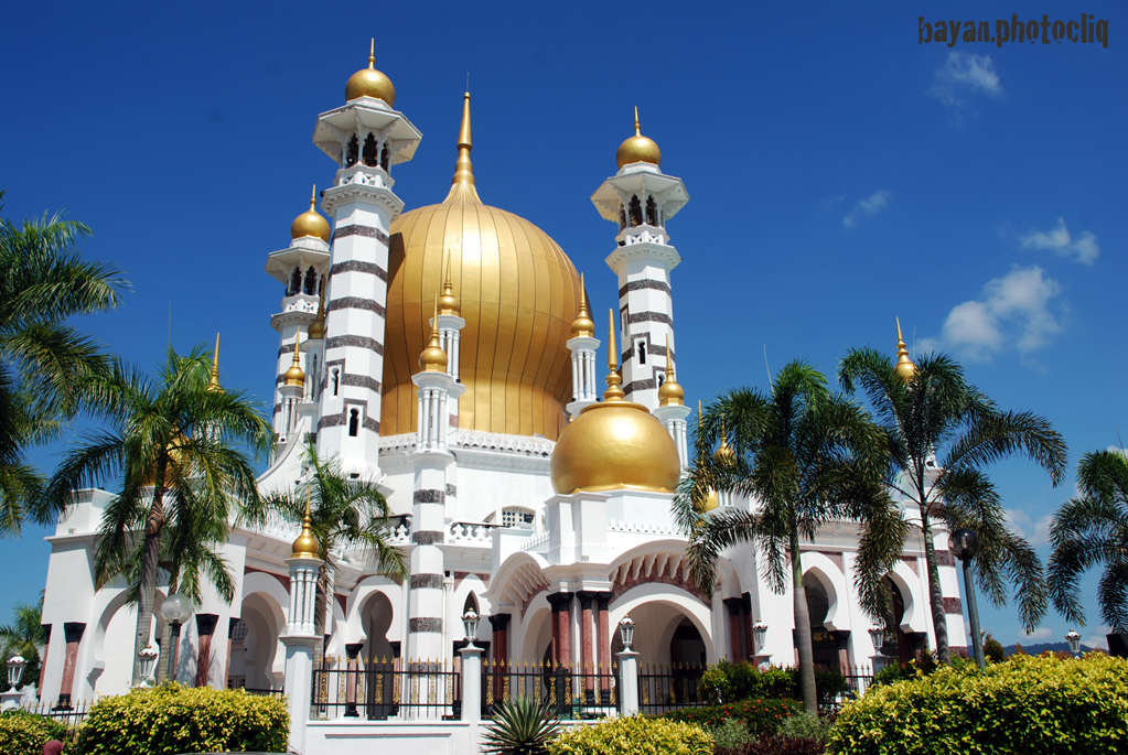masjid tercantik di dunia related keywords suggestions