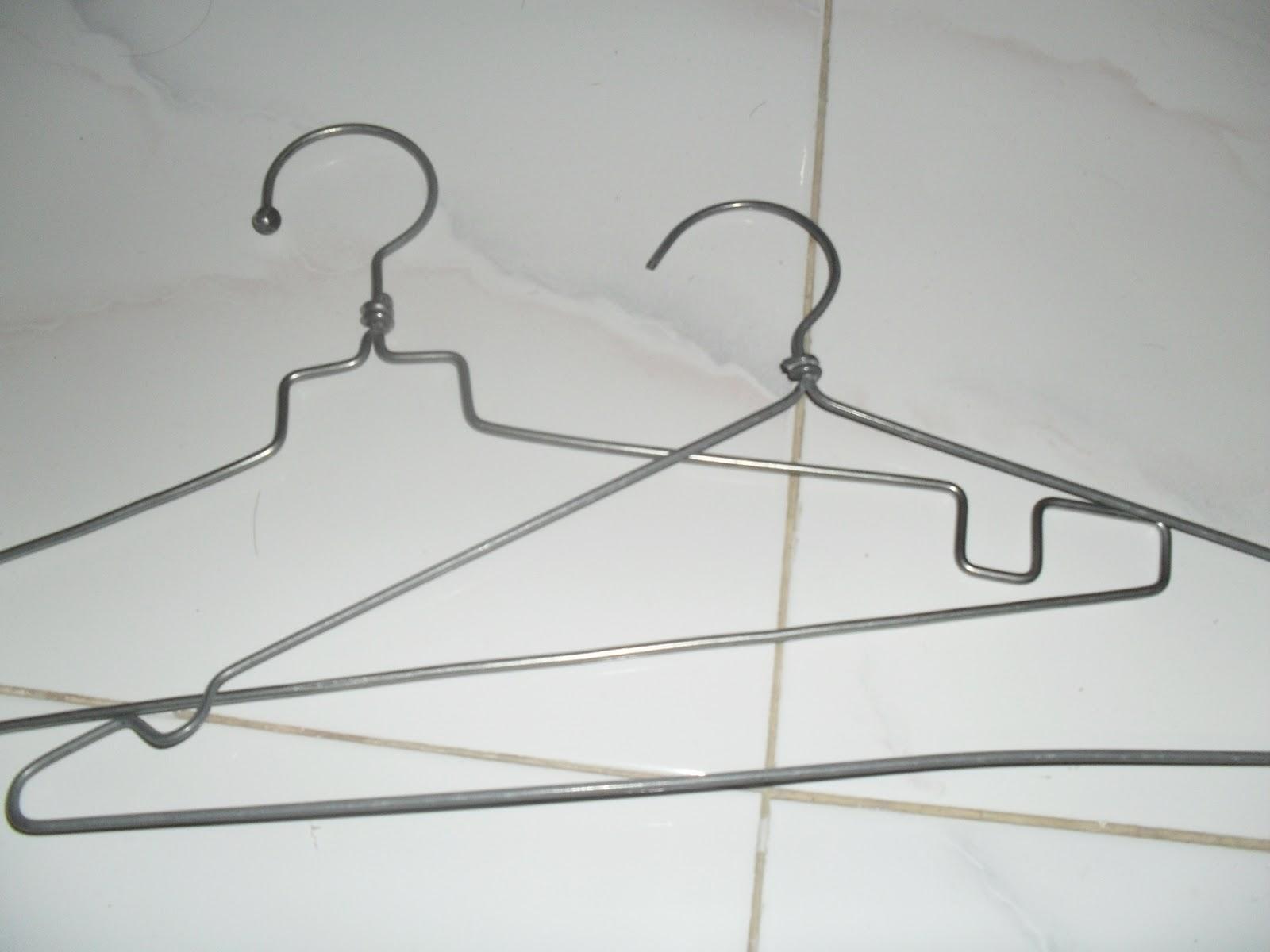 Kreasiku untukmu: hangers lilit pita