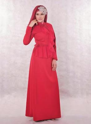 baju pesta muslimah merah