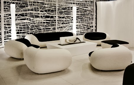 Small Living Room Design Ideas With Ultra Modern Sofa 2014, Black And