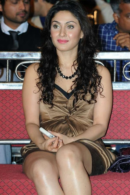 Manjari phadnis Images Collection