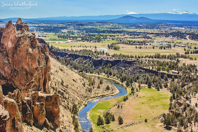 Bend Oregon Central Oregon Terrebonne Oregon hike smith rock state park misery ridge trail view Jaime Weatherford