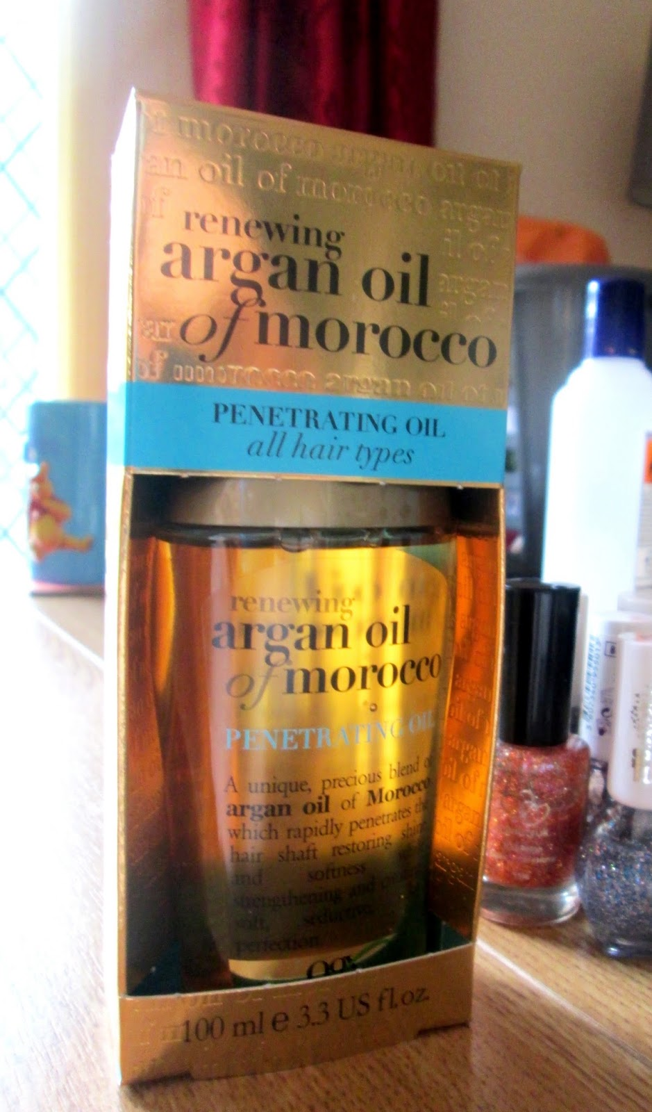 Moroccan renewing argan oil for hair