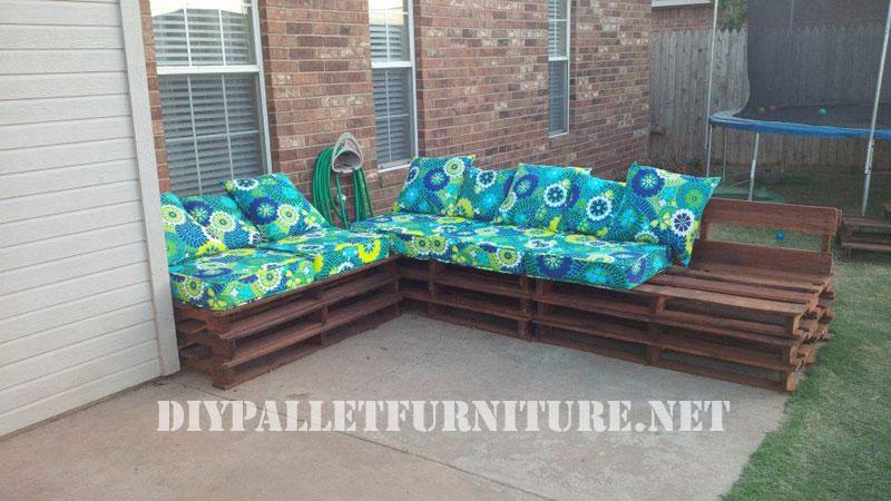 Sof exterior de palets for Sofa exterior con palets