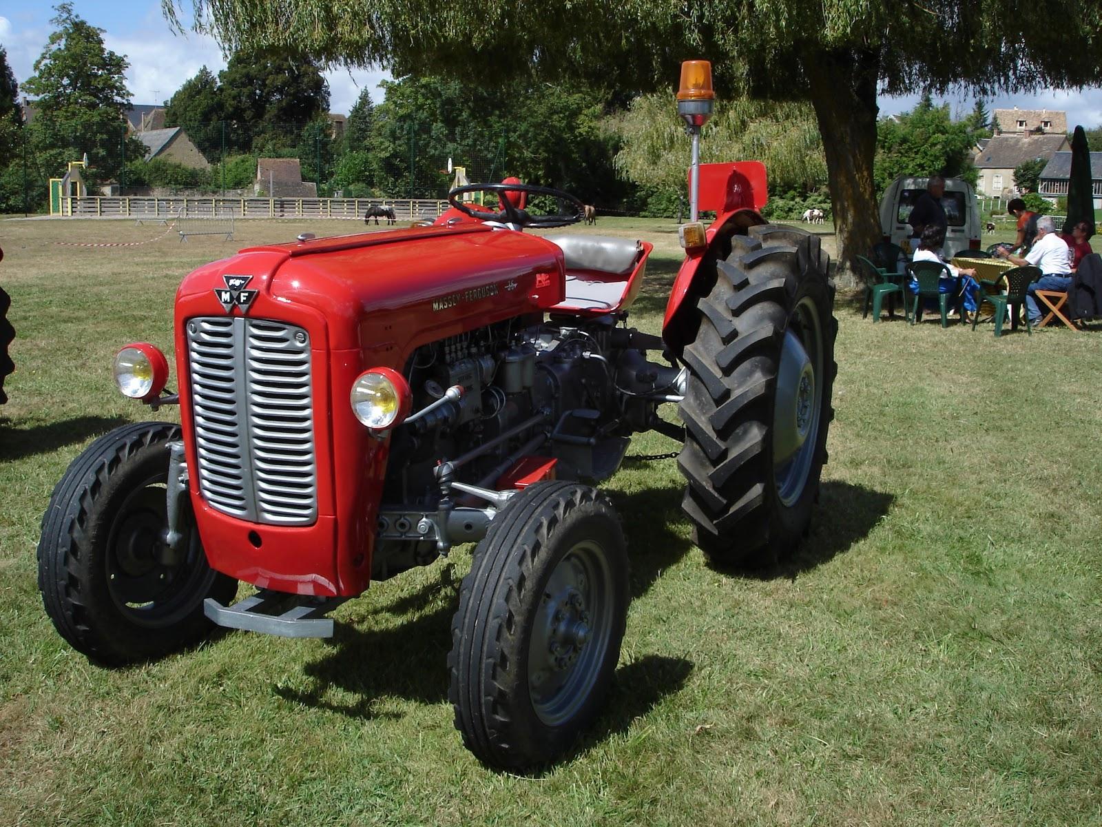 tracteur de collection massey ferguson tracteur agricole. Black Bedroom Furniture Sets. Home Design Ideas