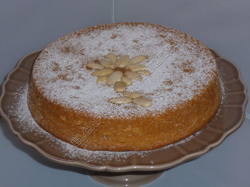 El capricho de helena bizcocho de almendras for Bizcocho de yogur y almendra