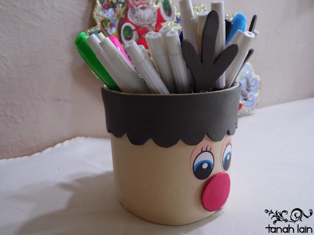 Manualidades navideñas: Rodolfo el Reno con una lata.