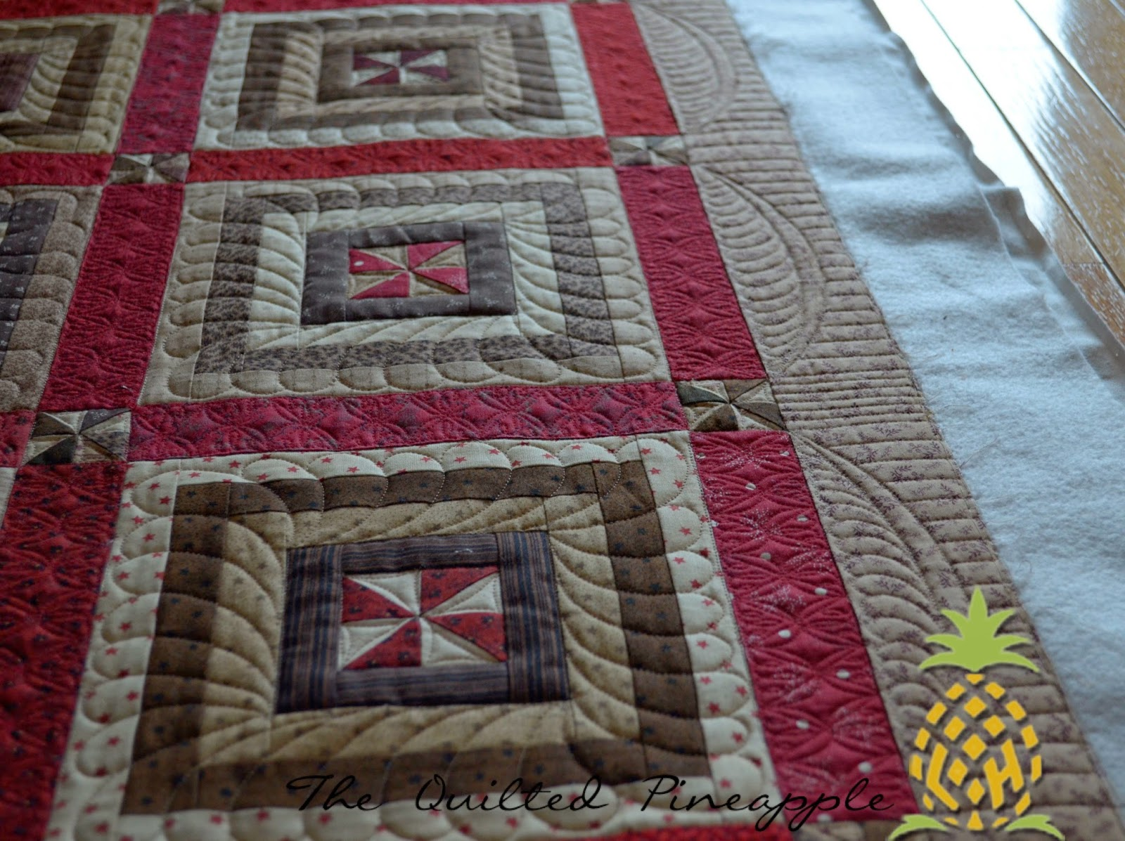 THE QUILTED PINEAPPLE: Riding the Storm Out : sashing on quilts - Adamdwight.com