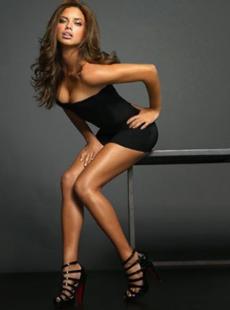 Las profesiones más guapas y sexys de toda la red. Chicas guapas 1x2.