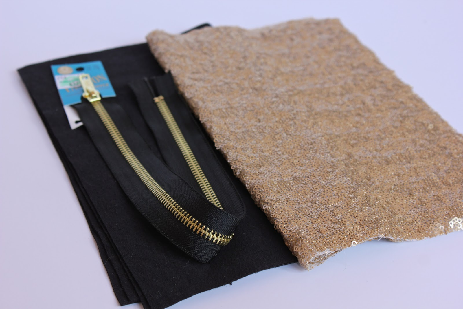 How To Make A Book Clutch With Zipper ~ Lined sequin clutch with zipper a tutorial sweet verbena