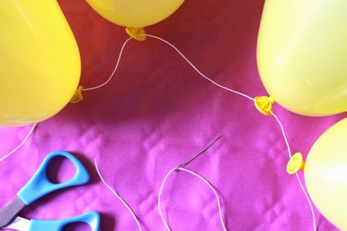 decoraciones baby shower con nubes de globos