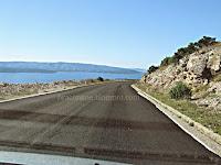 Novi asfalt na cesti Bol - Gornji Humac slike otok Brač Online