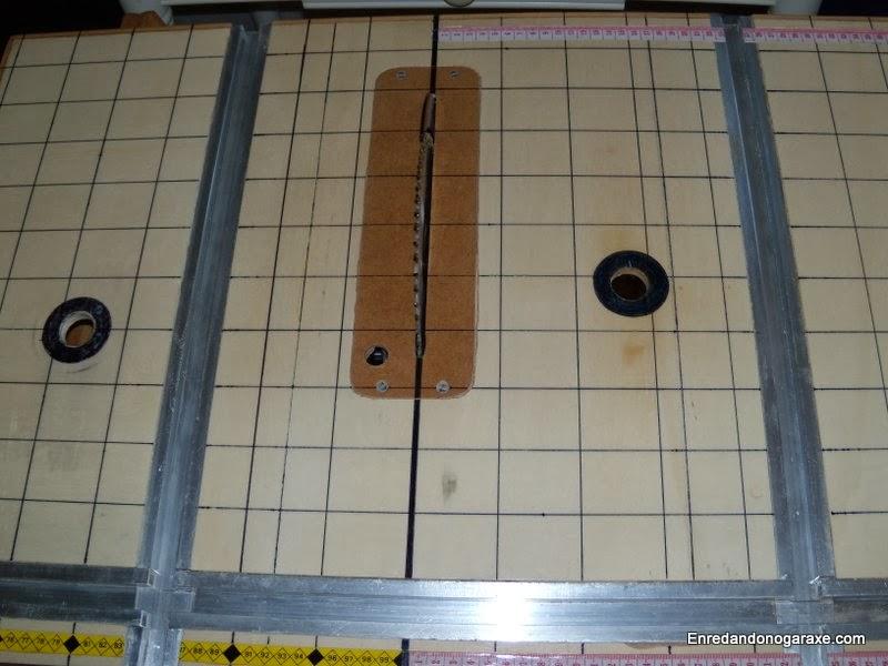 Carriles guía de aluminio para mesa casera multifunción. Enredandonogaraxe.com